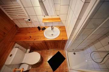 Badezimmer von Schlafzimmer 1, DG