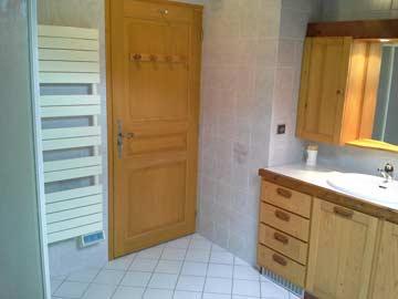 ... zusätzlicher Dusche