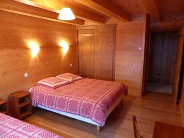 3-Bett-Zimmer mit frz. Bett und Einzelbett
