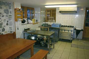 Speiseraum mit offener Küche im EG