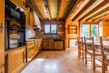 offene Küche (noch mit alter Küche)