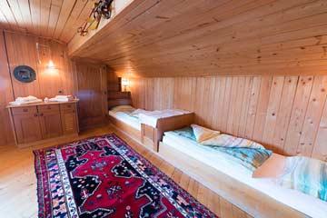 Ferienhaus Südtirol Meran 2000 - Blick in die Schlafzimmer