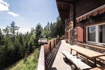 Ferienhaus Meran 2000 - auf der Terrasse