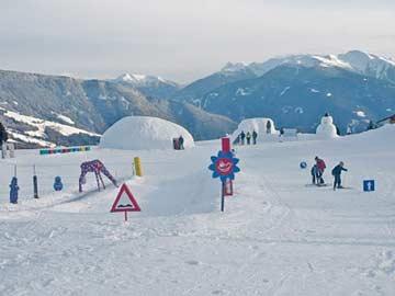 Skikindergarten Meransen nahe des Hauses
