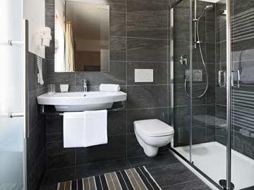 Badezimmer (en-suite)