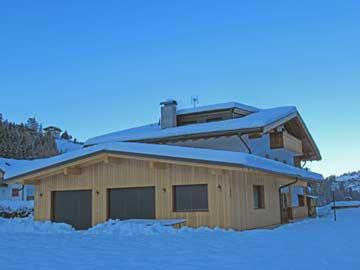 Ferienhaus Grödnertal - mit neuem Anbau und Neuschnee im Spätherbst 2019