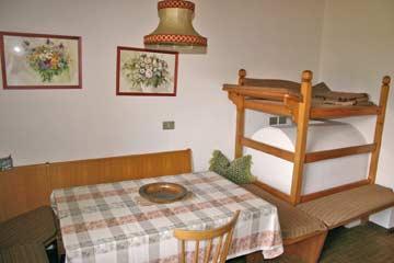 Ferienhaus Brixen - der kleinere Aufenthaltsraum