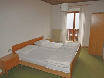 Ferienhaus Brixen Südtirol - Blick in die Schlafzimmer