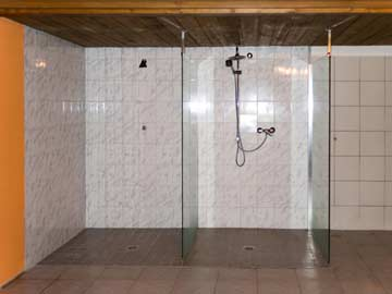 ... und Duschen
