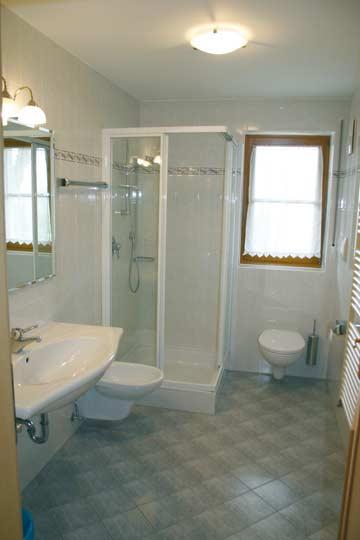 jedes Appartement mit eigenem Bad