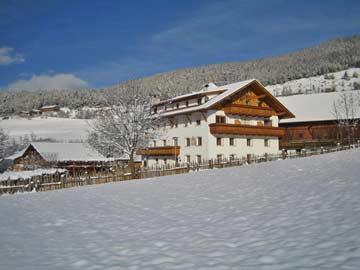 Komfortables Ferienhaus mit Pool und 13 Schlafzimmern im Pustertal