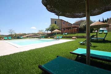 Entspannung am Pool