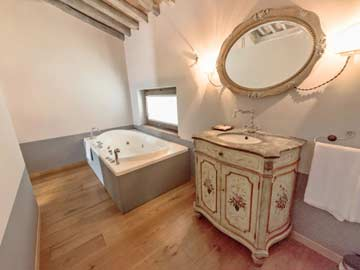 Badezimmer im Schlafzimmer 4