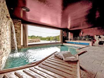 Luxus Ferienhaus Passignano mit Pool und Wellnessbereich