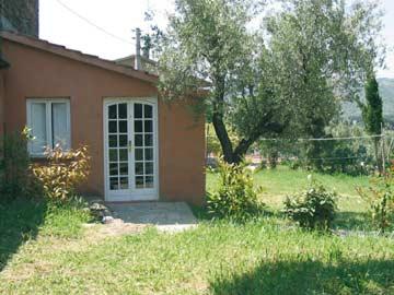 Gruppenhaus Passignano umgeben von Olivenbäumen