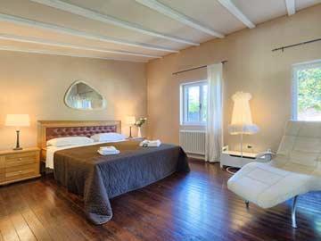 Schlafzimmer 1 im Haupthaus