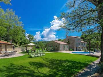 10-Schlafzimmer-Ferienhaus mit Pool in Buje