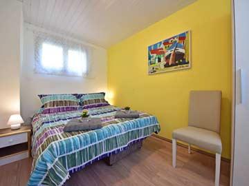 Schlafzimmer 2 - Schlafsofa