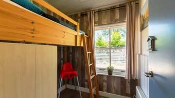 1-Bett-Zimmer mit Hochbett