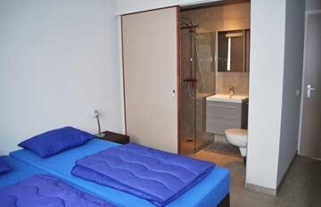 Schlafzimmer mit eigener DU/WC