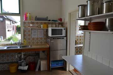 Gut eingerichtete Küche