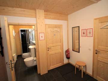 unteres Badezimmer