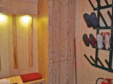 Vorraum / Garderobe