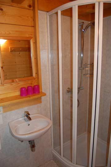 Badezimmer 2 mit Dusche