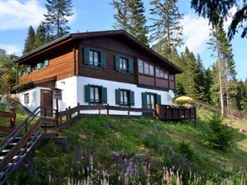 Ferienhaus am Klippitztörl im Sommer