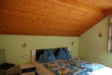 Schlafzimmer 4 DG