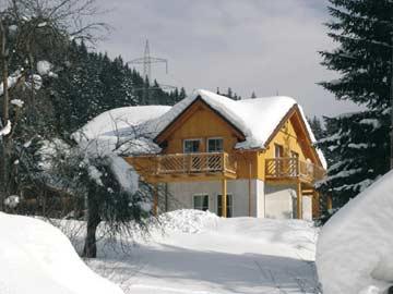 Ferienhaus Radstadt mit Sauna - ein Wintermärchen (ältere Hausansicht)