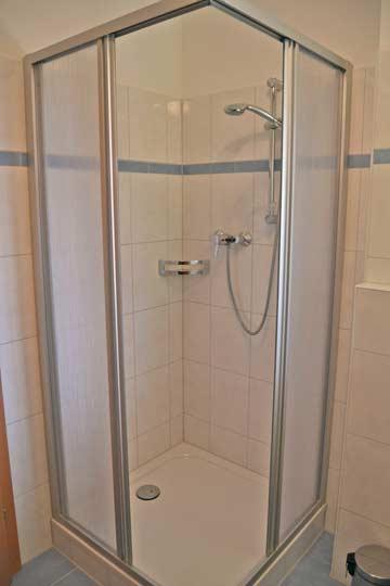 eines der Badezimmer im Ferienhaus