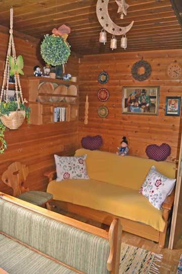 Sofa in der Hüttenstube