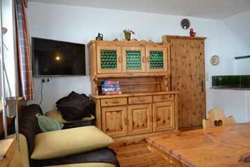 gr. SAT-TV in der Hüttenstube