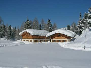 Gemütliche Hütte Obertauern mit Nachbarhaus ÖSSL/II/23