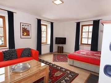 Ferienhaus Zell am See - das schöne Wohnzimmer, recht das Doppelschlafsofa