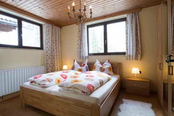 Schlafzimmer 3 mit Doppelbett im UG