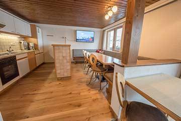 Speise- und Aufenthaltsraum im 2. OG mit offener Küche