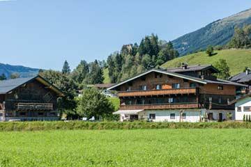 Ferienhaus Neukirchen am Großvenediger für Gruppen (Hausansicht Sommer)
