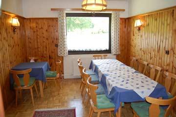 Speise- und Aufenthaltsraum (Sitzplätze erweiterbar)
