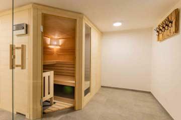 Wellnessbereich mit finn. Sauna