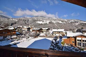 Blick zum Skigebiet am Wildkogel