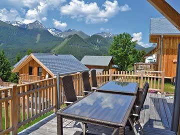 Terrasse am Ferienhaus in Hohentauern