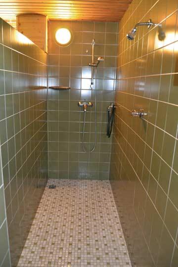 Ferienwohnung Dachstein-Tauern - Duschen im Wellness-Bereich