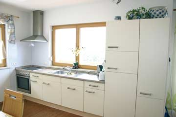 gut ausgestattete Wohnküche