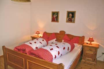 Blick in die Schlafzimmer: Doppelzimmer im EG