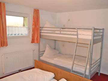 4-Bett-Zimmer im UG
