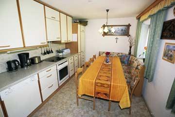 obere Küche