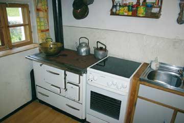 Küche (Holzherd nicht mehr nutzbar)