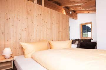 Schlaf- und Wohnraum im Obergeschoss